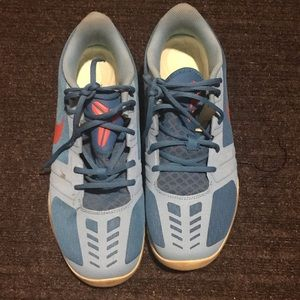 Nike shoes (used) good condition